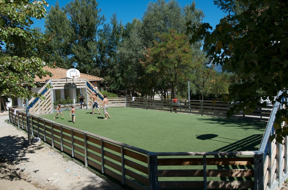 Sports collectifs au camping