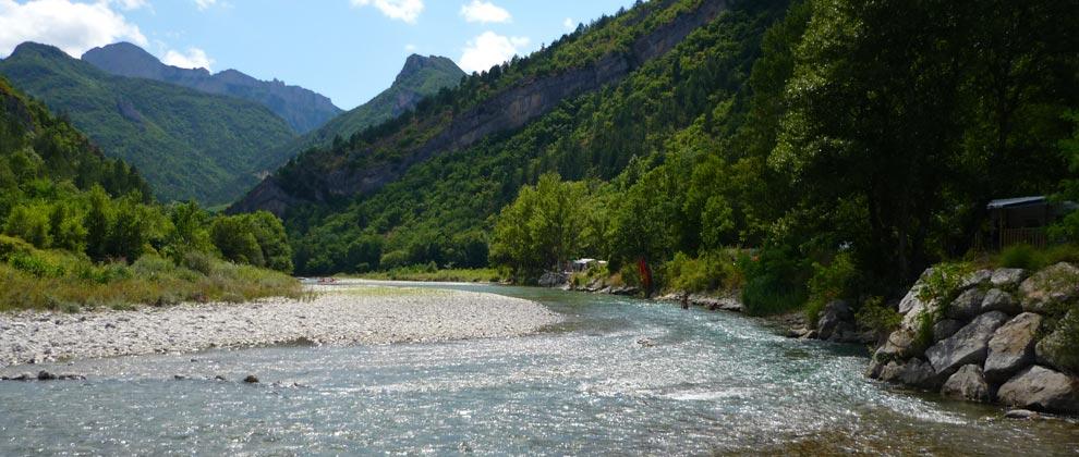 Camping-dans-la-Drome
